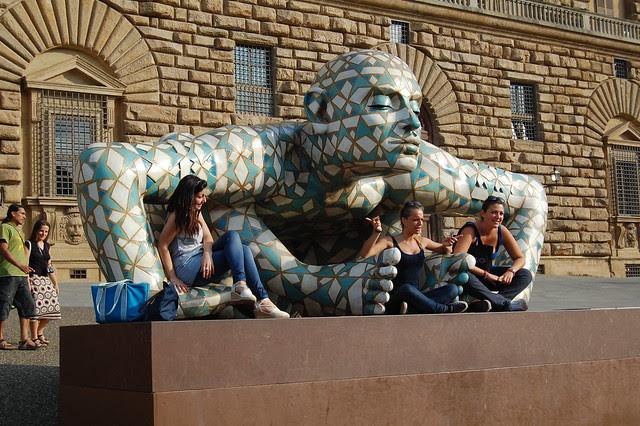 Pitti Palace girls