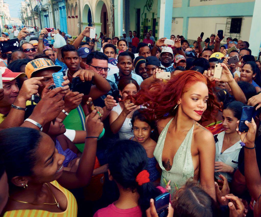 Rihanna : Vanity Fair (November 2015) photo rs_1024x853-151005170325-1024-rihanna-vanity-fair-5-100515.jpg