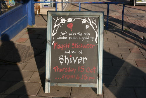 Shiver signing in London