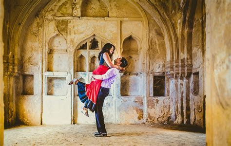 Top Pre Wedding Shoot Locations in Delhi with EaseMyTrip.com