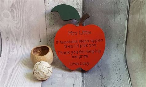 Freestanding wooden apple teacher gift