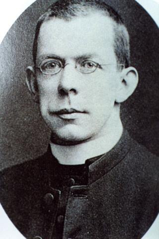 father-thomas-byles