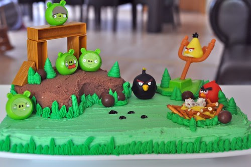 Angry Birds Homemade Cake