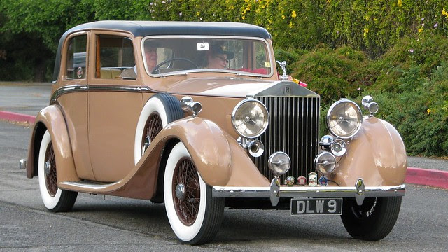 1937 Rolls-Royce 25030 4 Door Saloon (James Young) 1