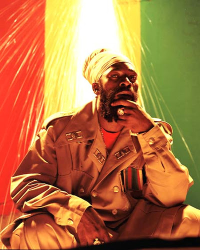 http://ingao.files.wordpress.com/2008/07/capleton.jpg