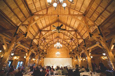 Top 10 Rustic Wedding Venues in Dayton, Ohio   Carly Short