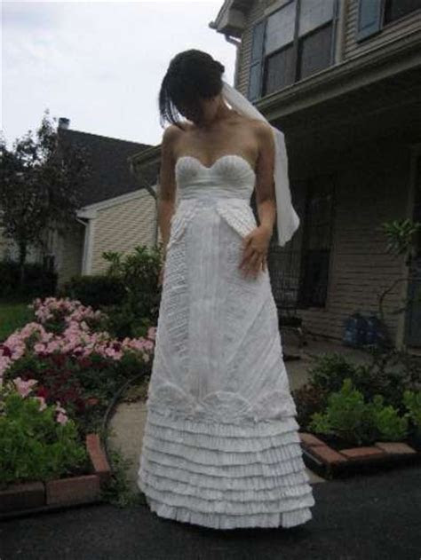 Bathroom Bridal Wear : toilet paper wedding dress