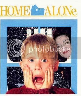 Sam u kući