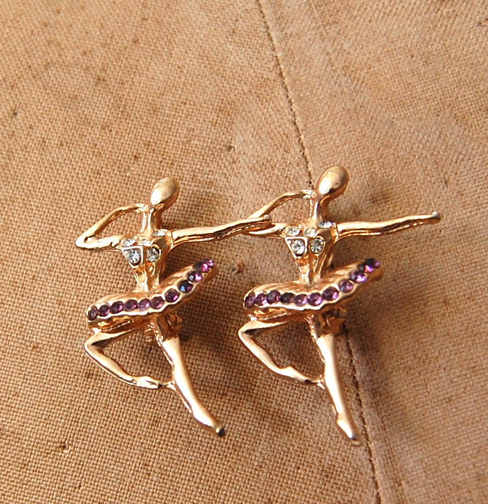 Vintage Ballerina Pin - Gold Dancer Brooch - The Danielle & Daniella