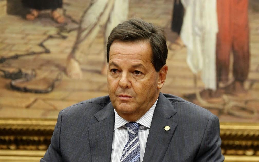 O deputado Sérgio Zveiter (PMDB-RJ), relator da denúncia contra o presidente Michel Temer na Comissão de Constituição e Justiça da Câmara. (Foto: Dida Sampaio/Estadão Conteúdo)