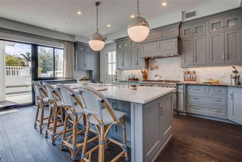 design trend blue kitchen cabinets  ideas