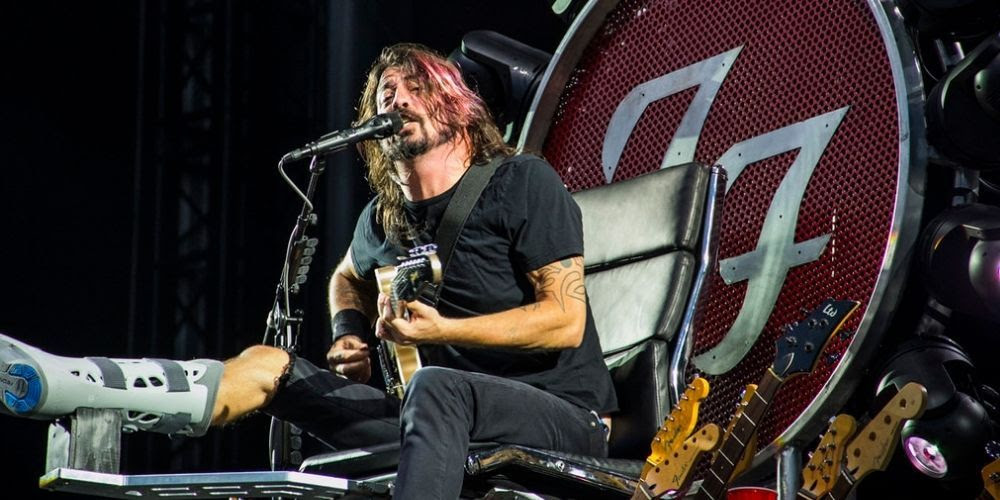 Foo Fighters 'vaccinated only' concert canceled after COVID case caught in crooners' company