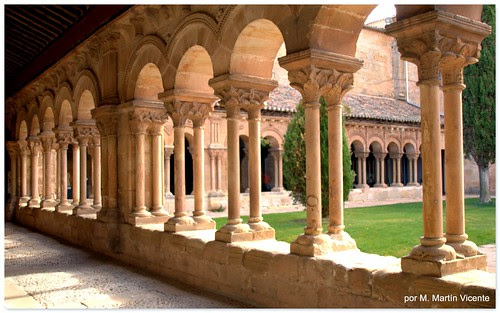 Claustro románico de la concatedral de San Pedro. Soria