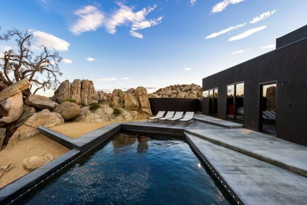 Black Contemporary House Like No Other In The High Desert
