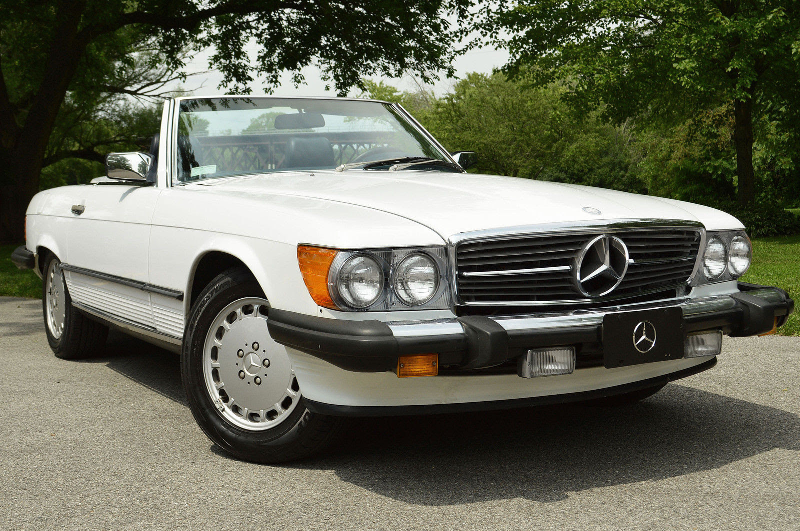 1987 Mercedes Benz 560SL convertible R107 for sale