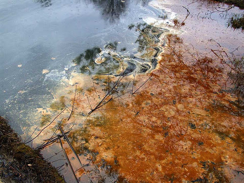 Oil & Gas Waste Spill Vienna, Ohio March 30, 2015 - ongoing clean-up