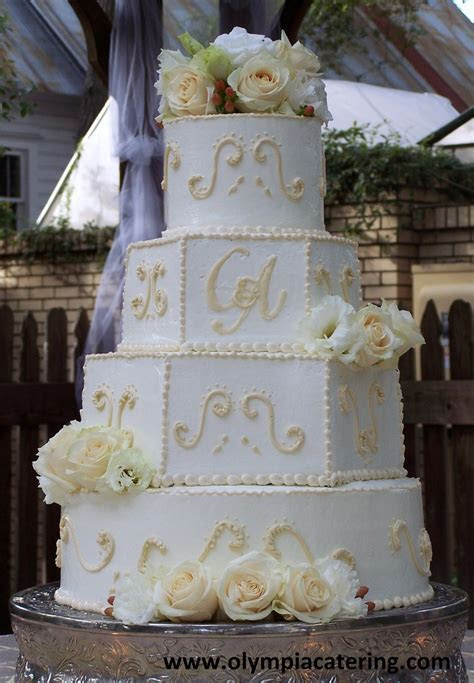 73 best images about Wedding Cakes on Pinterest   Round