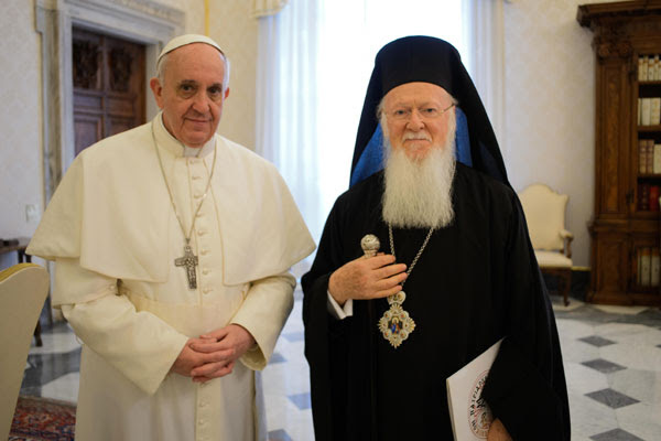 http://ocl.org/wp-content/uploads/2014/05/Pope-Francis-Patriarch-Bartholomew.jpg