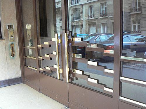 entrée immeuble art déco raynouard.jpg