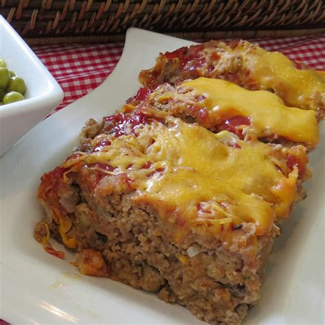 easy meatloaf recipe   delicious