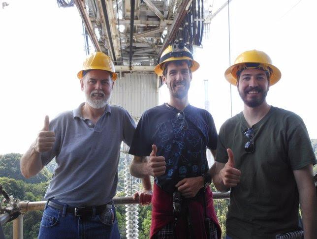 El equipo que contactó con la sonda ISSE en Arecibo