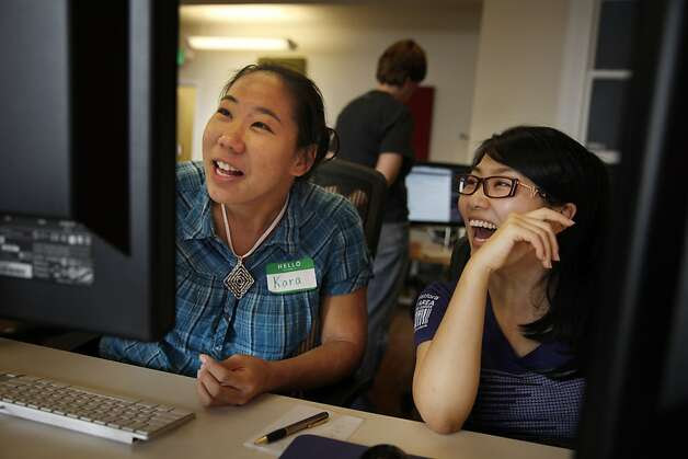 Kara Louie (left) and Jennie Ohyoung begin their 10-week engineering fellowship program at Hackbright Academy, a San Francisco programming crash course for women only. Photo: Lea Suzuki, The Chronicle