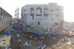 The Sunni Bandra Station Road Mosque by firoze shakir photographerno1