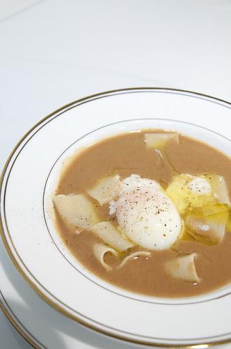 ラ フェルマータ風 生パスタとボルロッティ豆のスープ仕立て温泉卵添え 白トリュフ風味, La Fermata, 新宿伊勢丹 イタリア展