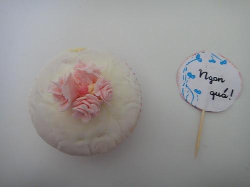 A very cute cupcake