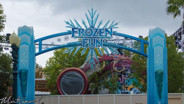Disneyland Resort, Disney California Adventure, Frozen, Fun, Mad, T, Party, Hollywood Land