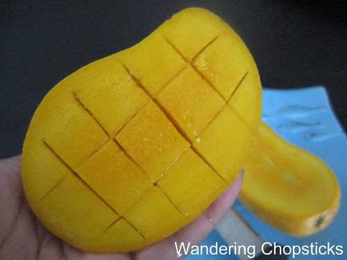 How to Peel and Cut a Mango 3