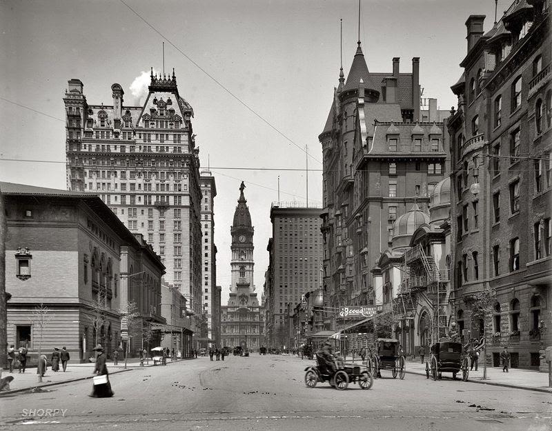 Broad Street North from Spruce,Philadelphia 1905.