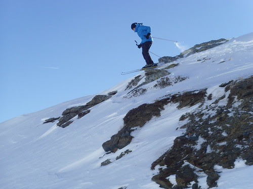 Skiing on the rocks by C_Dave, on Flickr