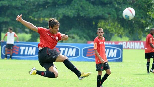 Douglas Baggio treino Flamengo (Foto: Alexandre Vidal)