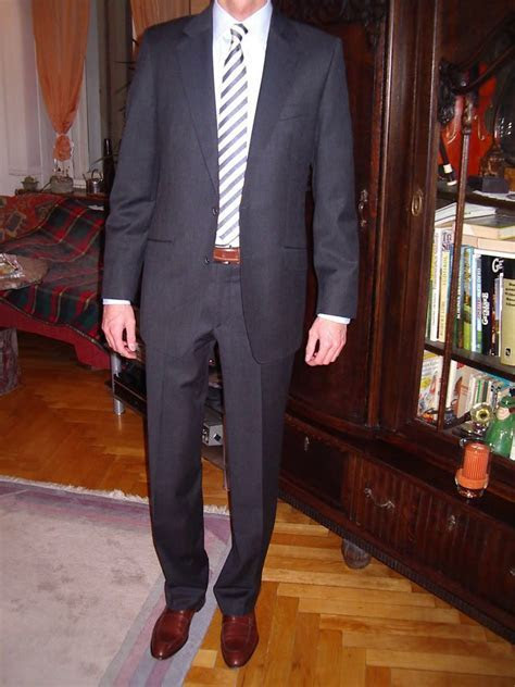 Dark charcoal suit and brown/tan shoes [photos insinde] in