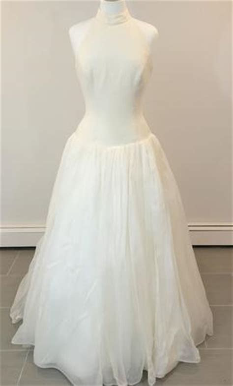 Givenchy $725 Size: 10   New (Un Altered) Wedding Dresses