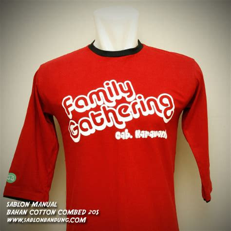 model kaos family gathering  event outing terbaru