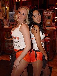 Hooters Girls, Norfolk, Virginia