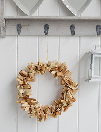 and also driftwood home decor accessories. Have these scattered throughout the home for a subtle nautical look