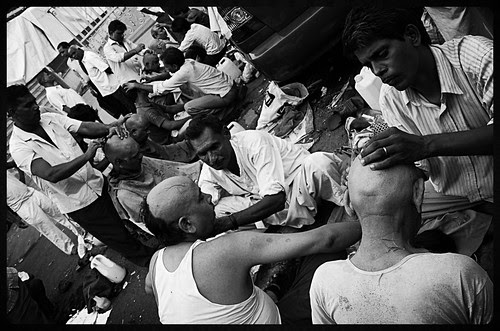 Street Barbers at Banganga by firoze shakir photographerno1