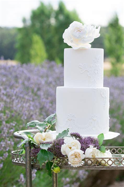 Tall White Wedding Cake   Chic Vintage Brides : Chic
