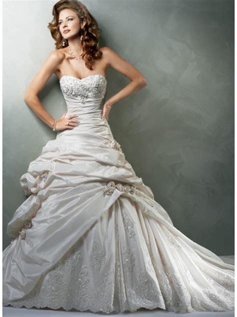 best wedding dress photos