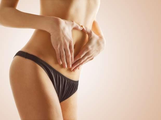Inchaços na barriga são sintoma de que o sistema digestivo está estranhando uma nova dieta Foto: Getty Images
