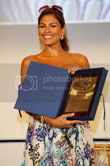 Actress-Eva-Mendes