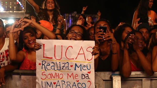 Fãs de Lucas Lucco (Foto: Raphael Dias/Gshow)