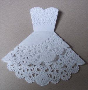 Paper, Paws, etc.: Doily Dress Folds Tutorial. Wedding