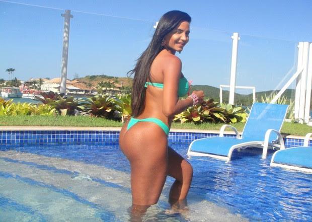 Shayene Cesário em hotel em Cabo Frio, no estado do Rio (Foto: Photo Rio News)