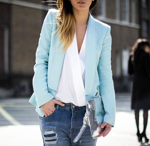 n LE FASHION BLOG STREET STYLE BLOGGER LUCITISIMA BLUE BLAZER BOYFRIEND JEANS 2 photo nLEFASHIONBLOGSTREETSTYLEBLOGGERLUCITISIMABLUEBLAZERBOYFRIENDJEANS2.png