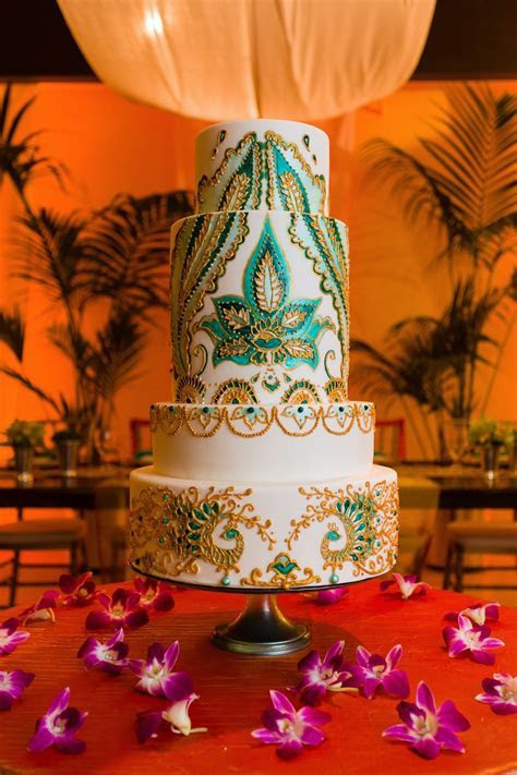 Welcome our New In House Wedding Cake Designer: Kristen Cold