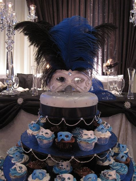 Venetian Masquerade   Wedding cake for a Venetian